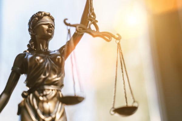 Un gynécologue, un viol, quatre ans de prison ferme et une première judiciaire